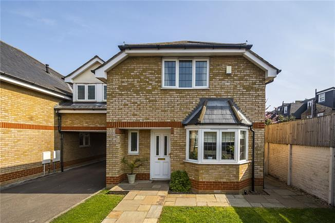 Asking Price £865,000, 4 Bedroom Semi Detached House For Sale in London, SW17
