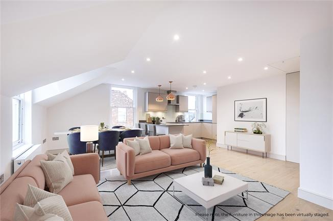 Asking Price £695,000, 3 Bedroom Flat For Sale in London, SW18