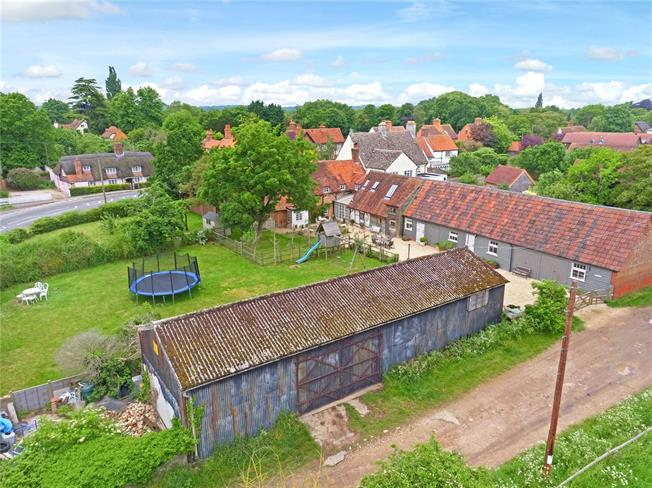Guide Price £1,390,000, 4 Bedroom Detached House For Sale in Long Wittenham, OX14