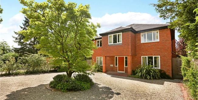 Asking Price £999,999, 5 Bedroom Detached House For Sale in Abingdon, OX14