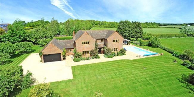 Guide Price £1,575,000, 5 Bedroom Detached House For Sale in Aylesbury, Buckinghamshir, HP18