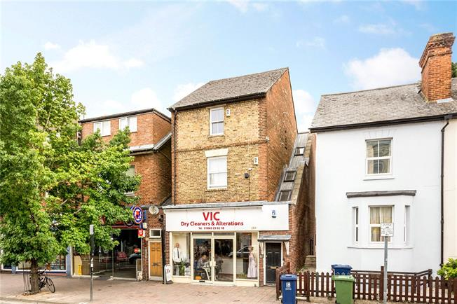 Guide Price £250,000, 1 Bedroom Flat For Sale in Oxfordshire, OX4