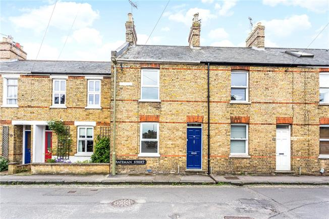 Guide Price £450,000, 2 Bedroom Terraced House For Sale in Headington, OX3