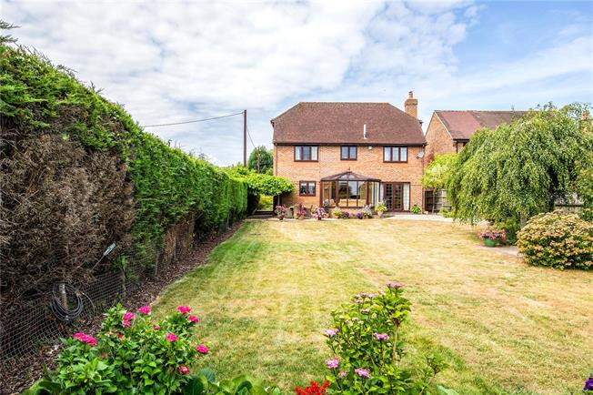 Asking Price £775,000, 4 Bedroom Detached House For Sale in Holton, OX33