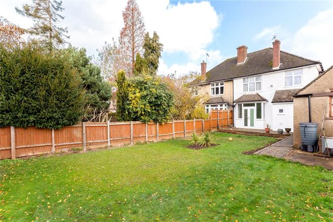 Asking Price £799,950, 4 Bedroom Semi Detached House For Sale in Headington, OX3