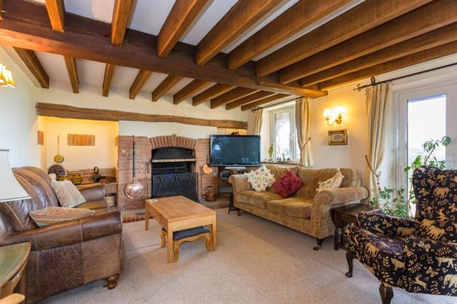 Asking Price £950,000, 4 Bedroom House For Sale in Brill, HP18
