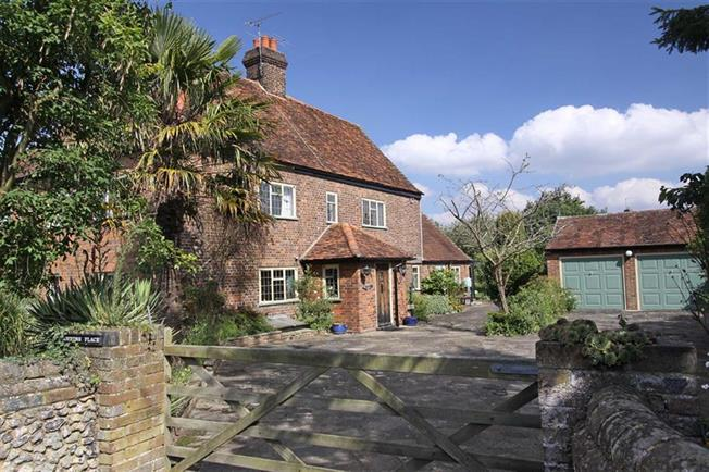 Guide Price £799,950, 3 Bedroom Semi Detached House For Sale in Flamstead, AL3