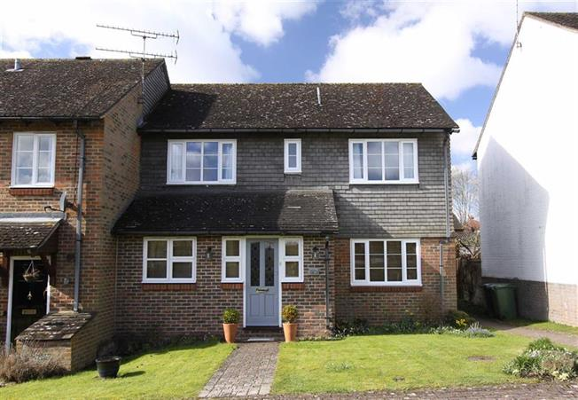 Guide Price £559,950, 4 Bedroom Semi Detached House For Sale in Wheathampstead, AL4