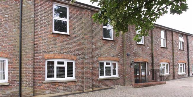 Guide Price £329,950, 3 Bedroom Apartment For Sale in Wheathampstead, Hertfords, AL4