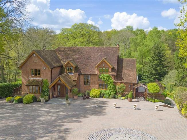 Guide Price £2,500,000, 6 Bedroom Detached House For Sale in Little Gaddesden, Berkham, HP4