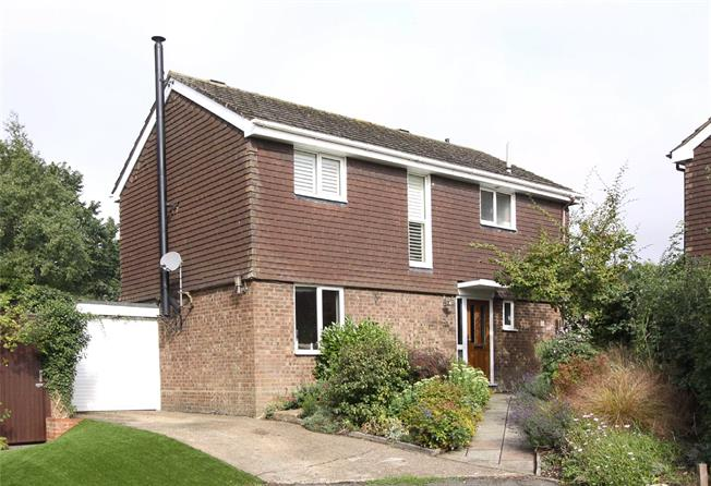 Guide Price £575,000, 4 Bedroom Detached House For Sale in Kimpton, Hertfordshire, SG4