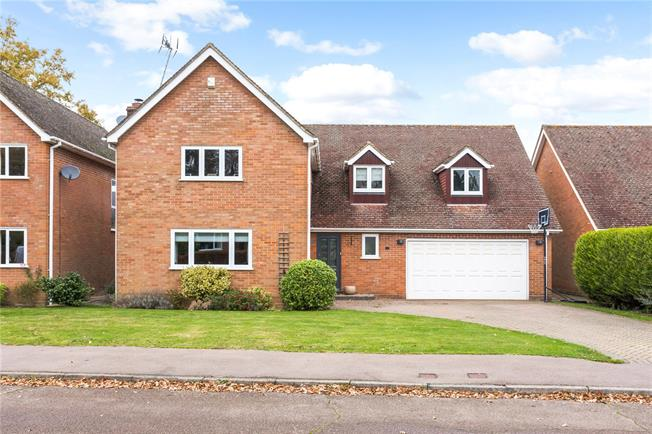 Asking Price £995,000, 5 Bedroom Detached House For Sale in Wheathampstead, AL4
