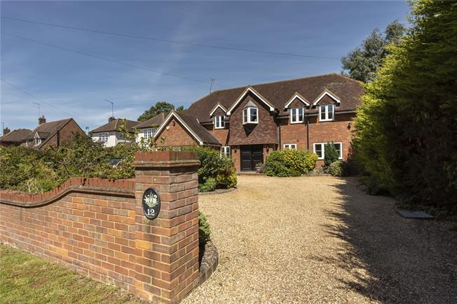 Offers in excess of £1,550,000, 5 Bedroom Detached House For Sale in Wheathampstead, AL4