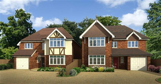 Asking Price £1,650,000, 5 Bedroom Detached House For Sale in Harpenden, Hertfordshire, AL5