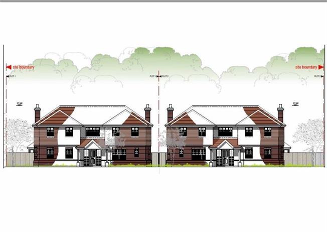 Guide Price £1,500,000, Land For Sale in Harpenden, AL5