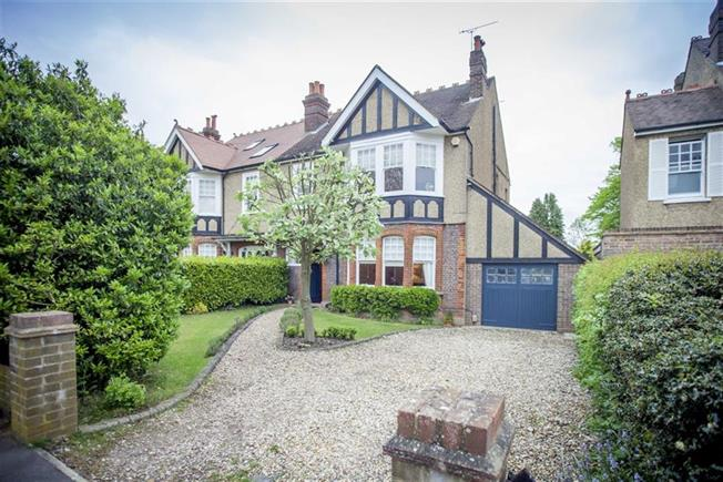 Asking Price £1,595,000, 5 Bedroom Semi Detached House For Sale in Harpenden, AL5