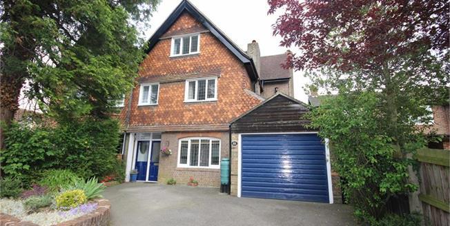 Asking Price £1,100,000, 5 Bedroom Semi Detached House For Sale in Harpenden, Hertfordshire, AL5