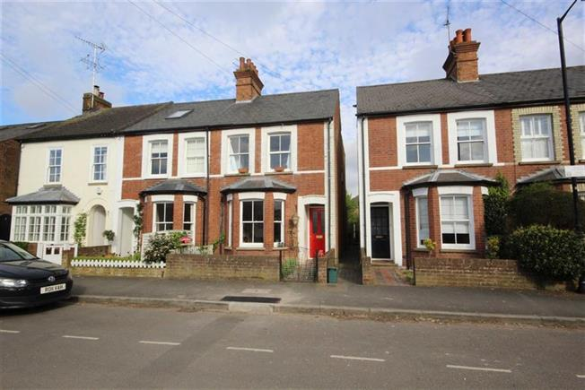 Guide Price £650,000, 2 Bedroom Semi Detached House For Sale in Harpenden, AL5