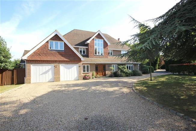 Offers in excess of £2,000,000, 6 Bedroom Detached House For Sale in Harpenden, AL5