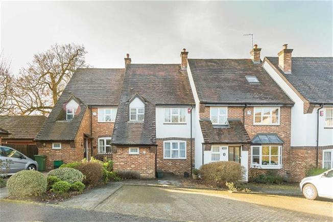 Guide Price £795,000, 2 Bedroom Terraced House For Sale in Harpenden, AL5