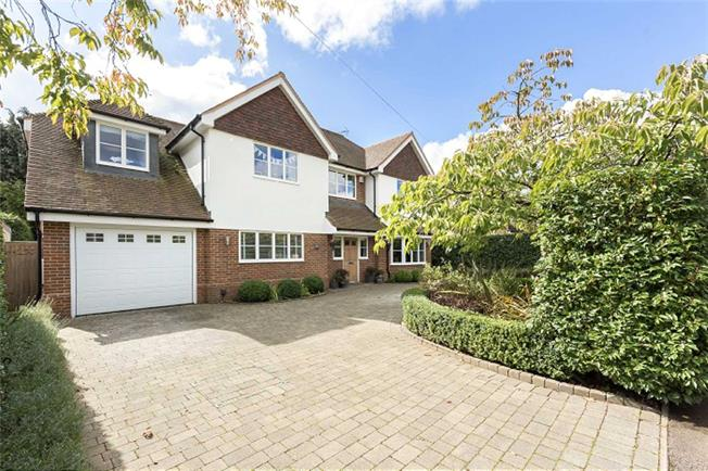 Guide Price £1,995,000, 6 Bedroom Detached House For Sale in Harpenden, Hertfordshire, AL5