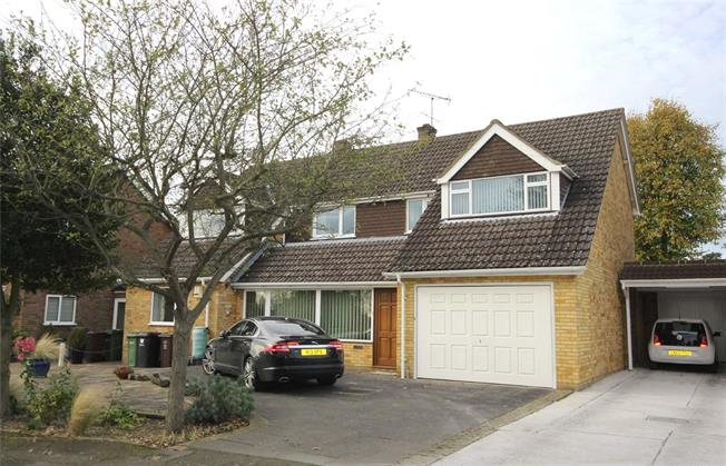 Offers in excess of £995,950, 5 Bedroom Detached House For Sale in Harpenden, AL5