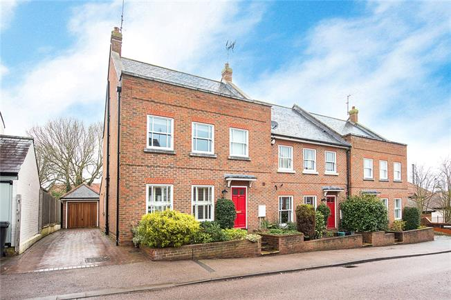Guide Price £850,000, 4 Bedroom Semi Detached House For Sale in Hertfordshire, AL5