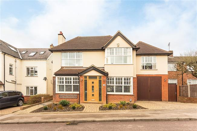 Guide Price £1,195,000, 5 Bedroom Detached House For Sale in Hertfordshire, AL5
