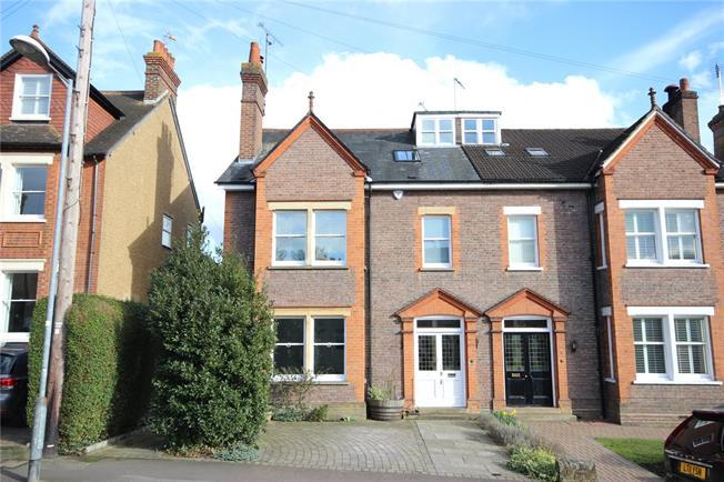 Guide Price £1,495,000, 6 Bedroom Semi Detached House For Sale in Harpenden, AL5