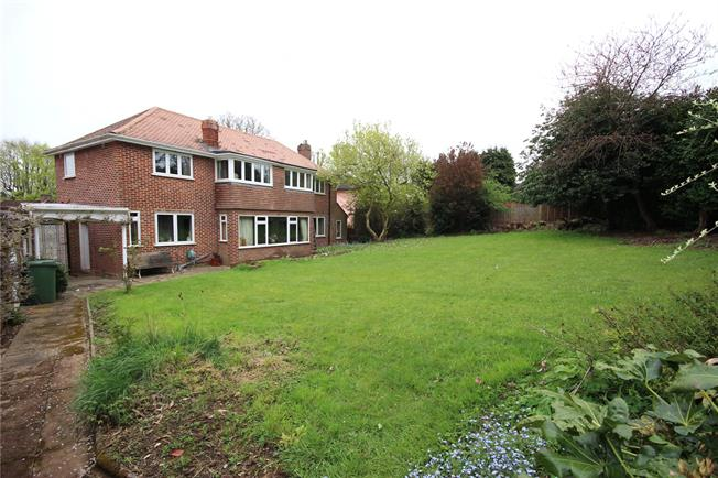 Asking Price £1,195,000, 4 Bedroom Detached House For Sale in Hertfordshire, AL5