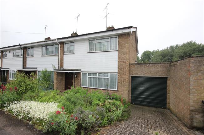 Asking Price £425,000, 3 Bedroom House For Sale in Harpenden, Hertfordshire, AL5