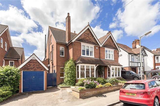 Guide Price £1,395,000, 5 Bedroom Semi Detached House For Sale in Harpenden, Hertfordshire, AL5