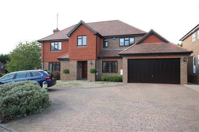 Asking Price £1,500,000, 5 Bedroom Detached House For Sale in Hertfordshire, AL5