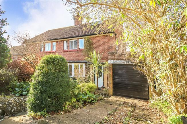 Asking Price £445,000, 3 Bedroom Semi Detached House For Sale in Harpenden, Hertfordshire, AL5