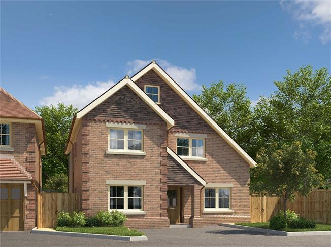 Guide Price £1,750,000, 4 Bedroom Detached House For Sale in Hertfordshire, AL5
