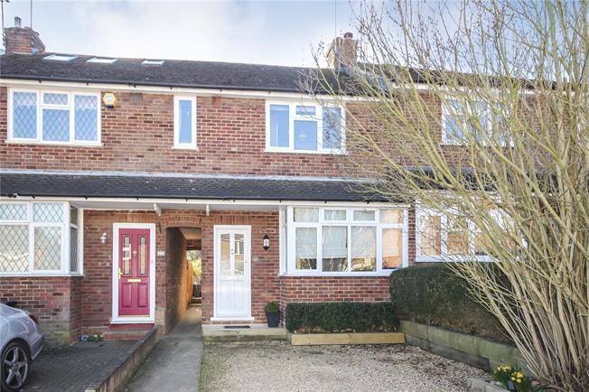 Asking Price £595,000, 3 Bedroom Terraced House For Sale in Harpenden, AL5