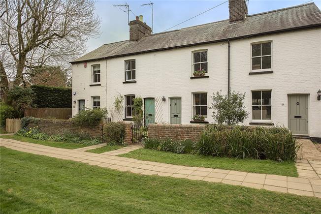 Asking Price £650,000, 3 Bedroom House For Sale in Harpenden, AL5