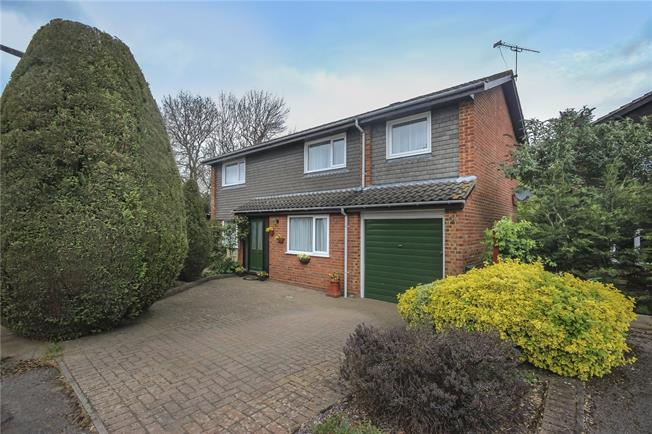 Asking Price £599,950, 3 Bedroom Detached House For Sale in Hertfordshire, AL5