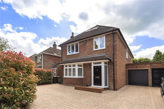 Offers in excess of £1,000,000, 5 Bedroom Detached House For Sale in Harpenden, Herts, AL5
