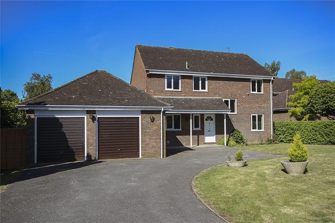 Asking Price £1,295,000, 4 Bedroom Detached House For Sale in Hertfordshire, AL5