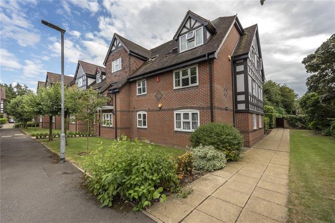 Asking Price £925,000, 3 Bedroom Flat For Sale in Harpenden, AL5
