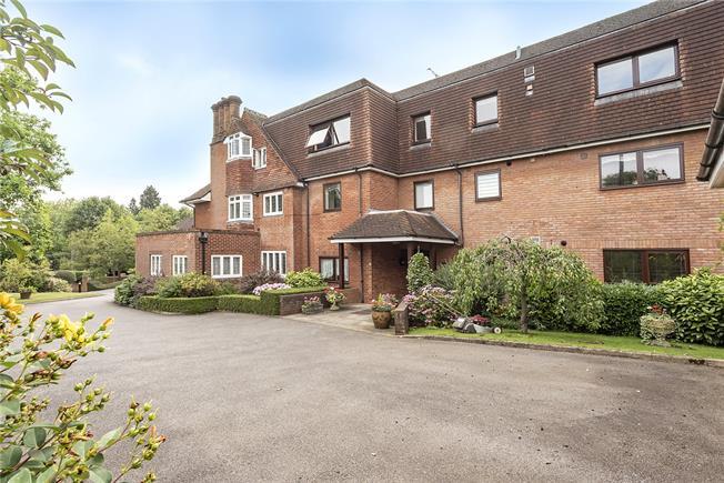 Asking Price £1,150,000, 3 Bedroom Flat For Sale in Harpenden, Hertfordshire, AL5