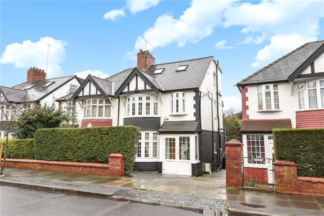 Offers in excess of £740,000, 4 Bedroom Semi Detached House For Sale in London, N12