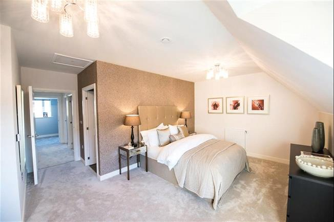 Asking Price £675,000, 3 Bedroom End of Terrace House For Sale in Whetstone, London, N20