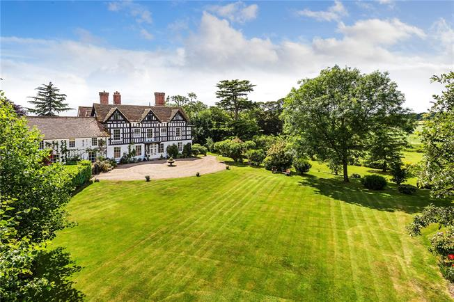 Asking Price £1,250,000, 4 Bedroom Town House For Sale in Sidlow, RH2