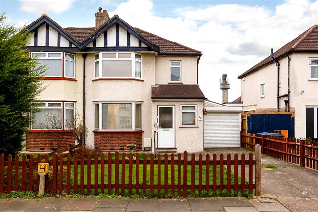 Asking Price £475,000, 3 Bedroom Semi Detached House For Sale in Surbiton, KT6