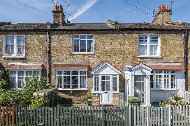 Asking Price £600,000, 2 Bedroom Terraced House For Sale in Long Ditton, KT6
