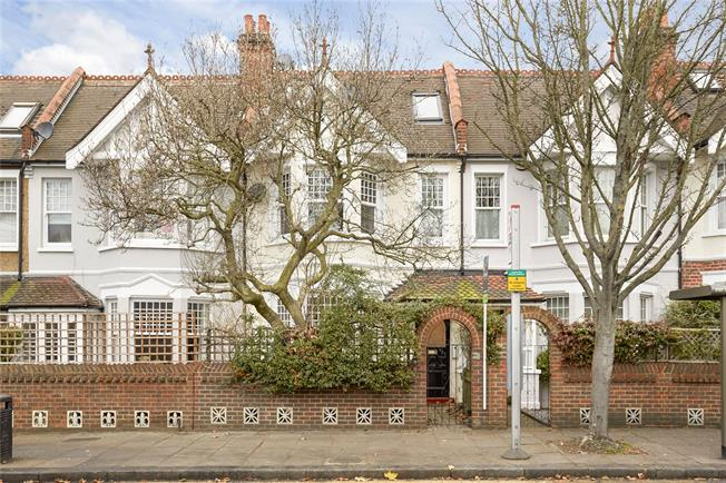 Asking Price £1,250,000, 5 Bedroom Terraced House For Sale in Twickenham, TW1