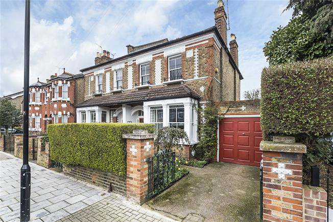 Asking Price £795,000, 4 Bedroom Semi Detached House For Sale in Hounslow, TW3