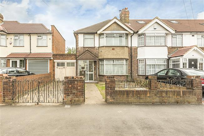 Offers in excess of £355,000, 3 Bedroom End of Terrace House For Sale in Hounslow, TW5